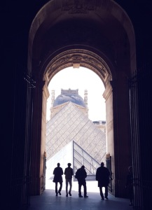 louvre-tunnel